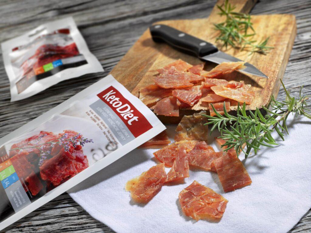 Keto dieta - jerky sušené krůtí maso